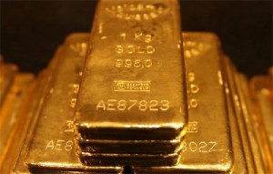The Banksters Telling Us To Sell Our Gold as They Are Hoarding
